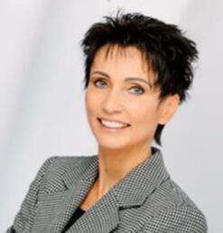</p> <h2>Claudia Müller</h2> <p>